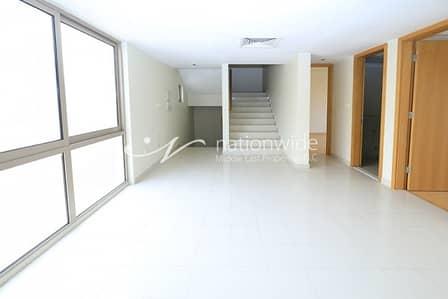فیلا 3 غرف نوم للايجار في حدائق الراحة، أبوظبي - Live In This Modern Villa In A Peaceful Community