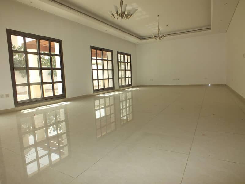 2 4 villa compound for sale in jumeirah 1 price is 20m