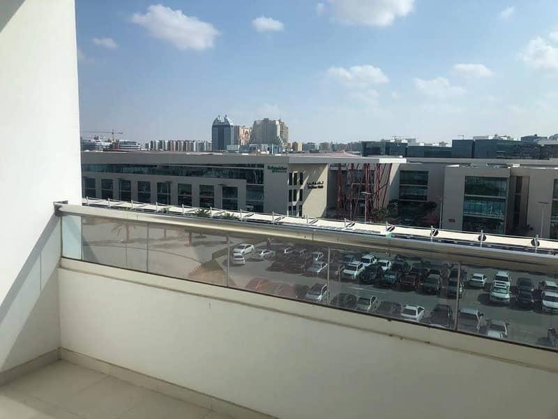 9 Studio with balcony 528- sqft only in 340k