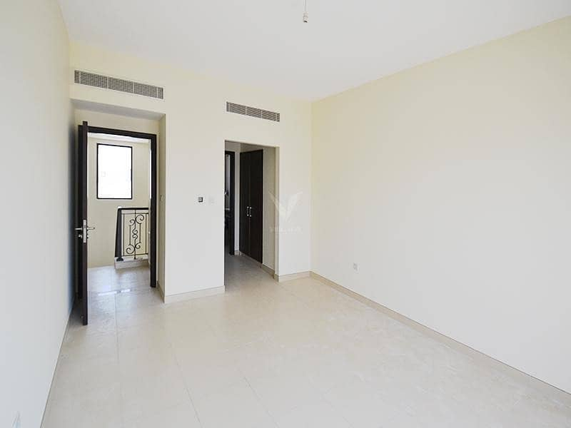 2 Investor's Deal in Reem | Middle Unit  | Type 3M