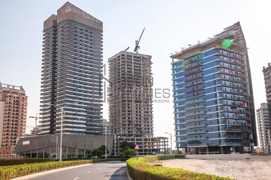 Large Layout || Golf View || Mid Floor Studio for Sale