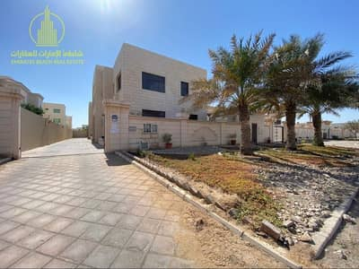 4 Bedroom Villa for Rent in Mohammed Bin Zayed City, Abu Dhabi - 5 Masters plus Maid room and 1 Private parking | Compound Villa