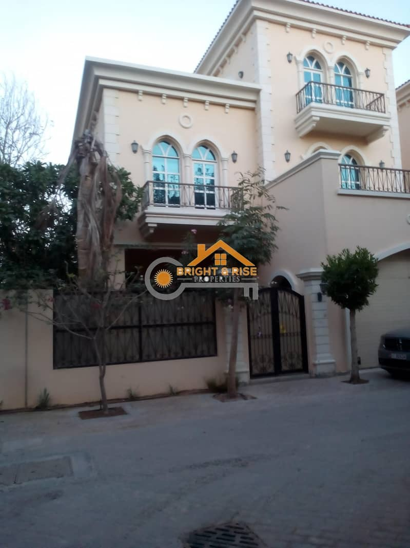 16 5 Bedroom Villa with Driver room in MBZ city