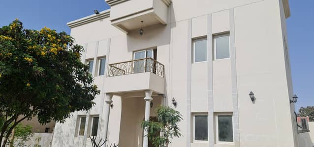 فیلا في الجزات 4 غرف 95000 درهم - 4980856