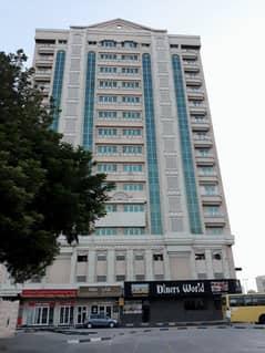 شقة في برج ميغا مول أبو دنق 1 غرف 21000 درهم - 5045314