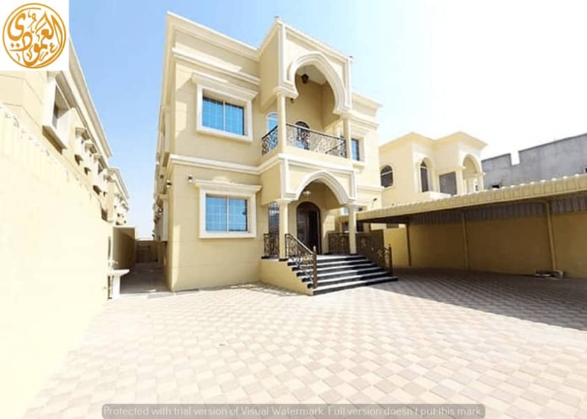 For urgent sale, a luxurious villa from the owner, with a wonderful and unique design, with a suitable area, close to the mosque, and all services at a very attractive price, with complete bank financing arrangements