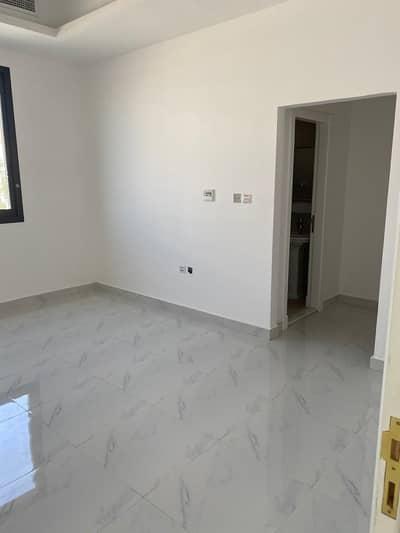 5 Bedroom Villa for Sale in Al Rawda, Ajman - villa two floors