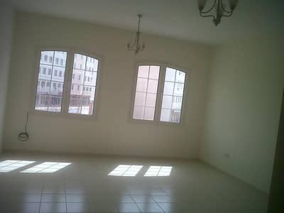Studio for Rent in International City, Dubai - Studio Ready to Move for Rent in Italy Cluster 17K by 04 Cheques