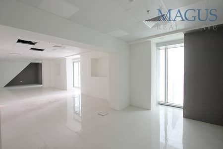 مکتب  للبيع في الخليج التجاري، دبي - Fitted Office   Near Metro   Canal View