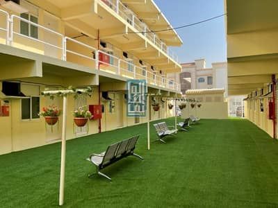 سكن عمال  للايجار في القوز، دبي - WELL FACILITATED AND AFFORDABLE LABOUR CAMP NEAR MAIN ROAD IN AL QUOZ