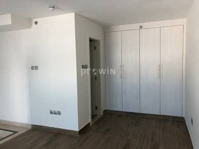 1 Bedroom Apartment for Rent in Jumeirah Village Circle (JVC), Dubai - Very Spacious 1 Bed Apt  with Balcony