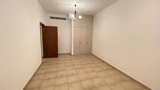 1 Bedroom Flat for Rent in Al Nahda, Sharjah - SHIFT NOW PAY AFTER ONE MONTH DEPOSITE AFTER 4 MONTHS A. C FREE 1 MONTH FREE ON DXB SHARJAH BORDER INFRONT OF RTA BUS STOP ONLY IN 27K