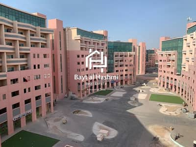 1 Bedroom Flat for Rent in The Gardens, Dubai - The Gardens | Pink Bldg | 1 BR Apartment W/Balcony
