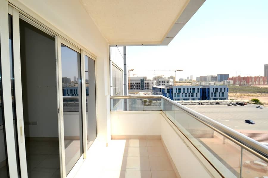 16 Investor deal 1-br  hall with balcony only in 490k