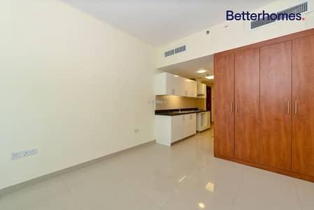 استوديو  للايجار في مركز دبي المالي العالمي، دبي - Vacant | Balcony | Unfurnished |Low Floor