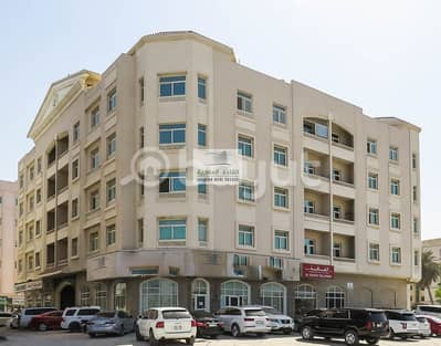 2 Bedroom Flat for Rent in Al Qulayaah, Sharjah - spacious 2br with two toilet in main area for rent