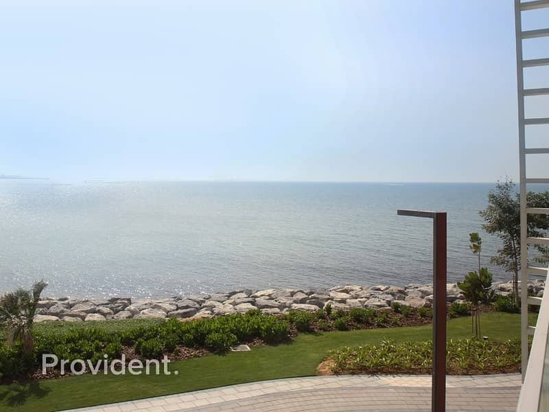 Luxury Living |4Bed Townhouse|Sea view