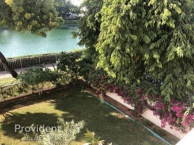 فیلا 3 غرف نوم للبيع في الينابيع، دبي - Amazing Lake View | Rented till May 2021