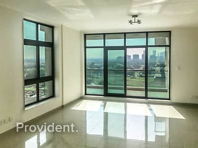 2 Bedroom Apartment for Rent in The Views, Dubai - Golf and Pool View | Chiller Free | Large Balcony
