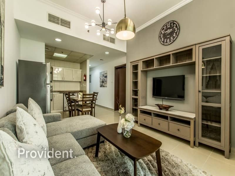 2 Exclusive|Full Lake View|Luxury Furnished