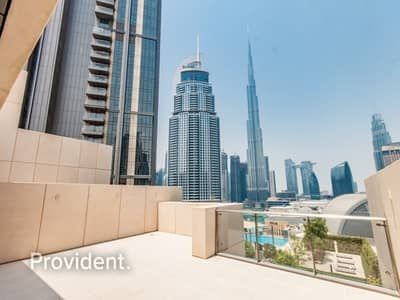 3 Bedroom Villa for Rent in Downtown Dubai, Dubai - Private Elevator and Roof Terrace | Perfect View