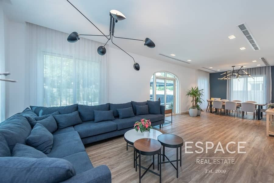 2 Exclusive Upgraded an Extended 5BR Villa