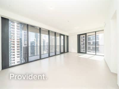 2 Bedroom Flat for Sale in Downtown Dubai, Dubai - Boulevard Facing | Bright Corner Unit