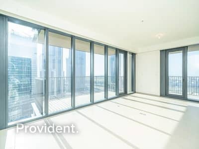 2 Bedroom Flat for Sale in Downtown Dubai, Dubai - Light and Bright Unit | Sunset and Sea View