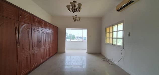 Prime Location 5BR Villa