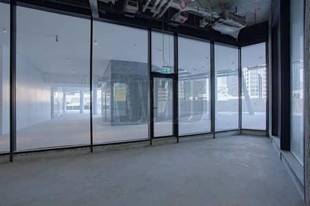 محل تجاري  للايجار في الخليج التجاري، دبي - Upscale Retail Space   Strategic Business Location