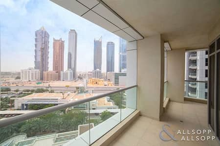 2 Bedroom Apartment for Sale in Business Bay, Dubai - Large Two Bedroom   Rented   Sunset View