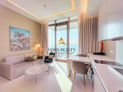 Studio for Rent in Business Bay, Dubai - Canal Facing | High Floor | Fully Serviced - Business Bay