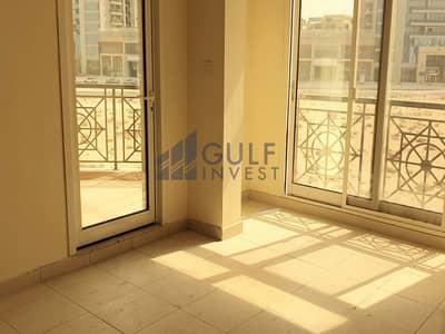 فلیٹ 2 غرفة نوم للايجار في أرجان، دبي - Closed kitchen with balcony beautiful 2 bedroom