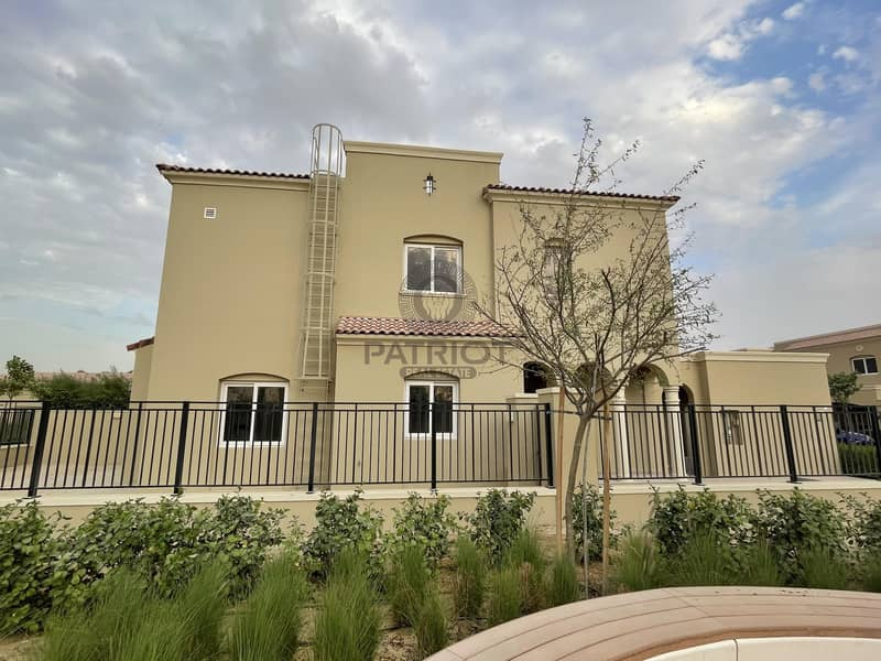 2 CORNER UNIT  TYPE A 3 BED + MAID   READY TO MOVE IN.