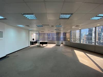 Office for Sale in Jumeirah Lake Towers (JLT), Dubai - Premium Tower/ Lowest Price/ Fitted Unit