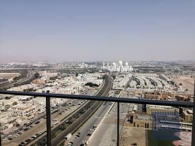شقة 2 غرفة نوم للايجار في منطقة المسجد الكبير، أبوظبي - Beautiful view | Luxurious and modern | Balcony