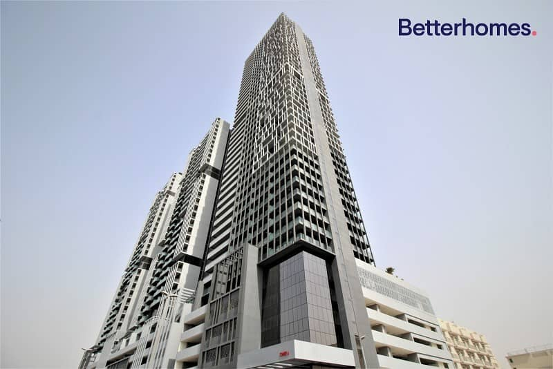 18 Skyline view |Resell| Great quality| Vacant| Flat.