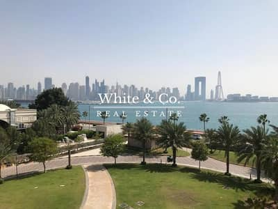2 Bedroom Flat for Rent in Palm Jumeirah, Dubai - Sea View