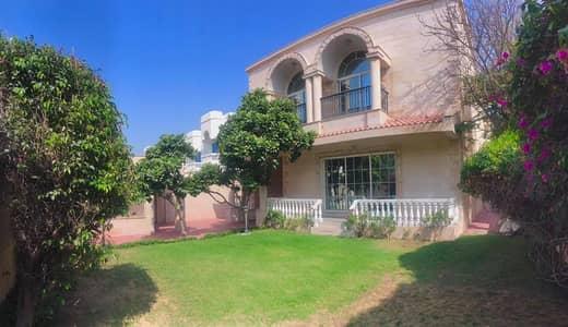 Spacious 5 bedroom independent villa jumeirah 2