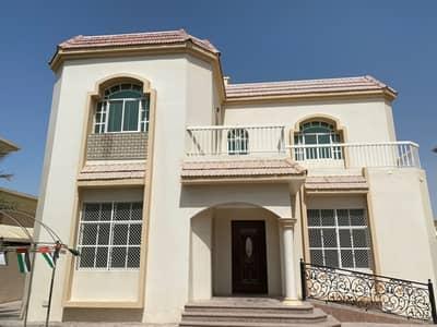 فیلا 5 غرف نوم للايجار في الياش، الشارقة - فيلا نظيفة وموقع ممتاز في الياش