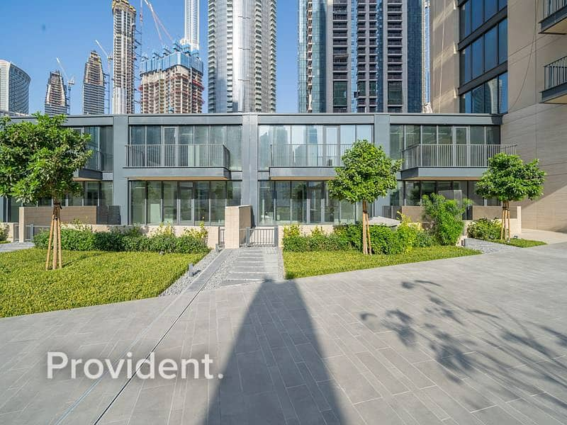 2 Podium Townhouse with Private Garden