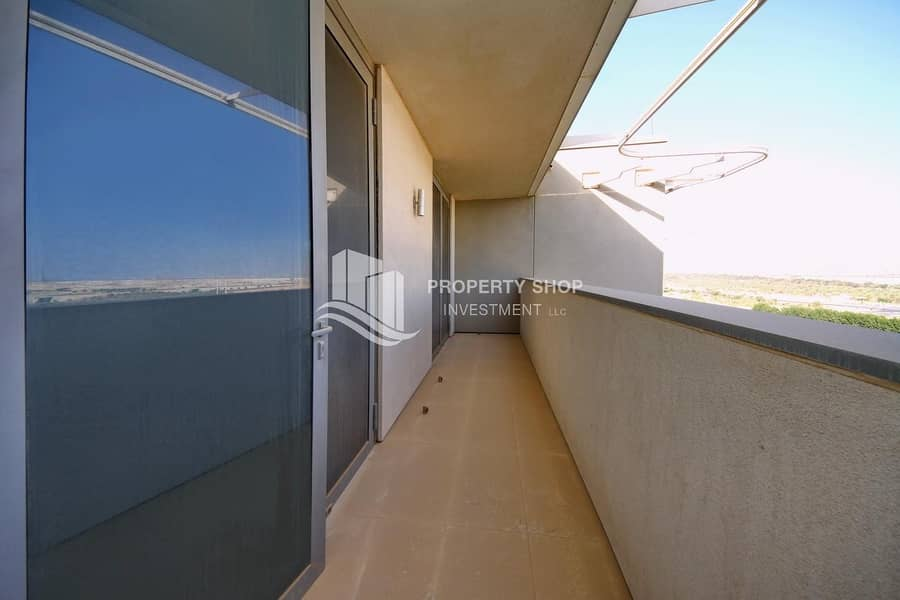 2 3 Payments   Duplex High Floor   Store & Laundry Room