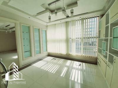طابق تجاري  للايجار في الحصن، أبوظبي - Mezzanine Floor || No Commission