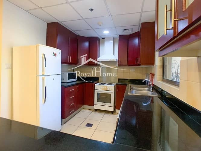 10 Spacious 1BR+ Store | Furnished | Middle Floor