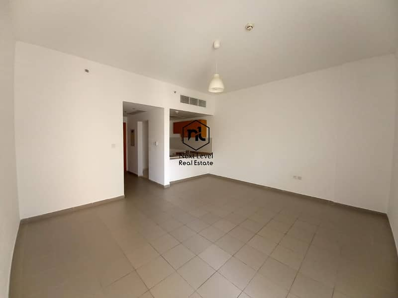 2 large studio with balcony and parking
