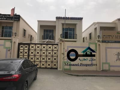 Villa for rent, residential or carpenter, in Al Hamidiyah, Ajman, on a main street behind Al Muroor.