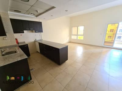 2 Bedroom Flat for Rent in Remraam, Dubai - Vacant April |Open Kitchen| Unfurnished |.