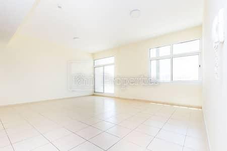 شقة 2 غرفة نوم للبيع في ليوان، دبي - Larger 2BR with Maid | Open View | High Floor