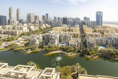 2 Bedroom Apartment for Sale in The Views, Dubai - Golf Course and Canal View | High Floor