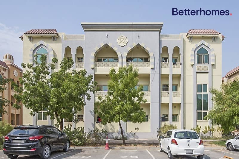 10% Gross Return|Full building|369 AED per sqft